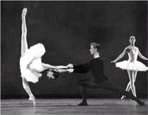 Sylvie Guillem jambes en X