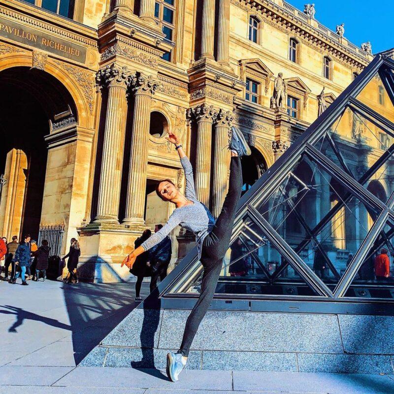 Maria Khoreva au Louvre (Paris)