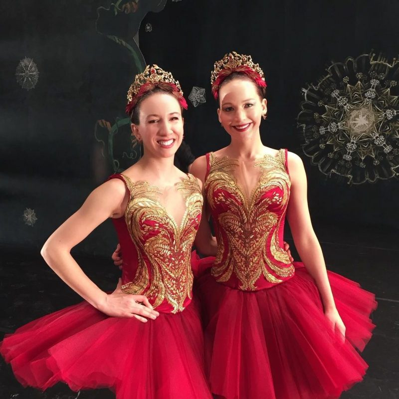 Isabella Boylston et Jennifer Lawrence